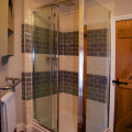 En-suite full-size showers